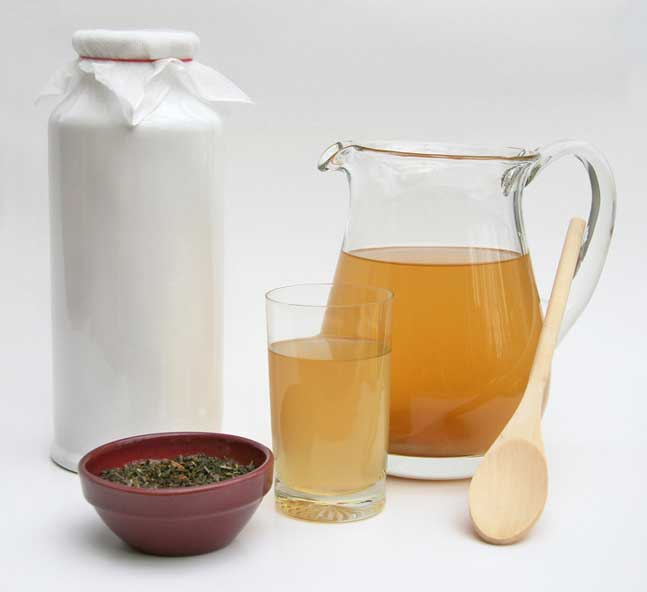 Kombucha benefits and ways to eat. |makesauerkraut.com