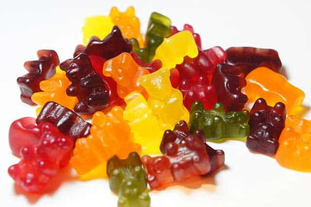 DIY Gummy Bears for healthy skin. | makesauerkraut.com