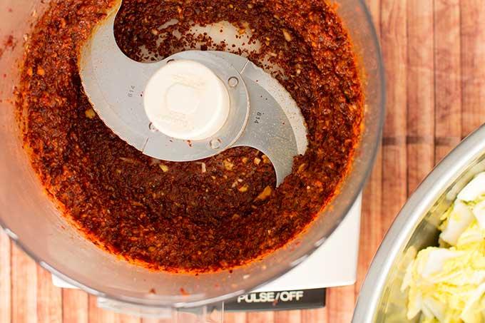 Making traditional square-cut kimchi (Mak Kimchi). Pureed red pepper paste. | Makesauerkraut.com