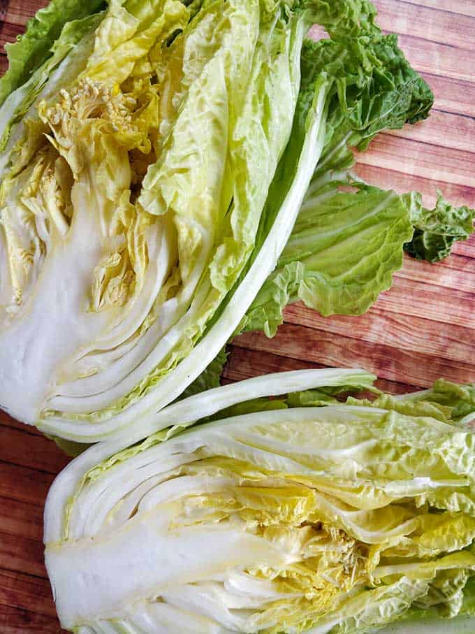 Making traditional square-cut kimchi (Mak Kimchi). Napa cabbage past its prime. | Makesauerkraut.com